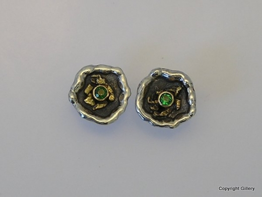 Oxidised silver & 18ct Gold stud earrings with Tsavorites