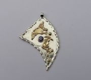 Silver & 18ct Gold pendant with purple Sapphire